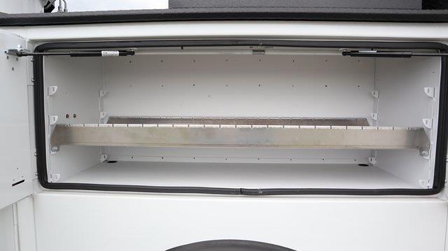 2021 Ram 5500 Regular Cab DRW 4x4, Palfinger Mechanics Body #ST538709 - photo 17