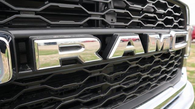 2021 Ram 5500 Regular Cab DRW 4x4, Palfinger Mechanics Body #ST538709 - photo 38