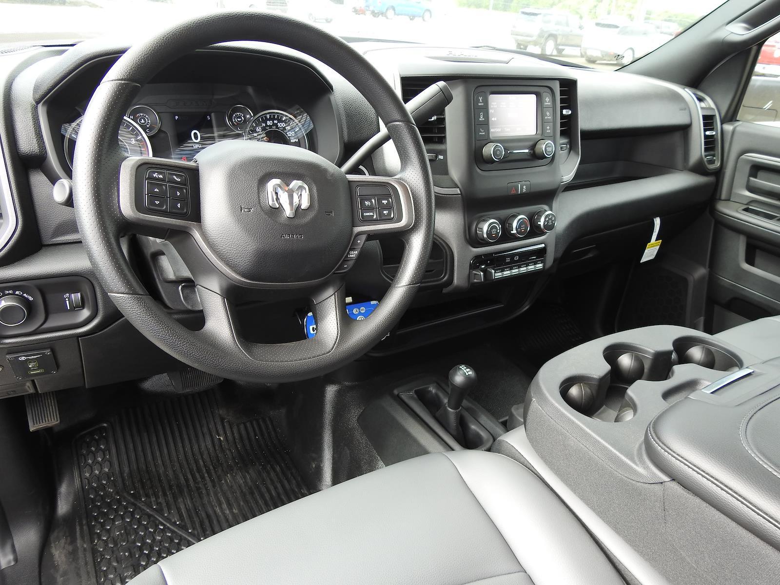 2021 Ram 5500 Regular Cab DRW 4x4, Palfinger PAL Pro 20 Mechanics Body #ST538712 - photo 17