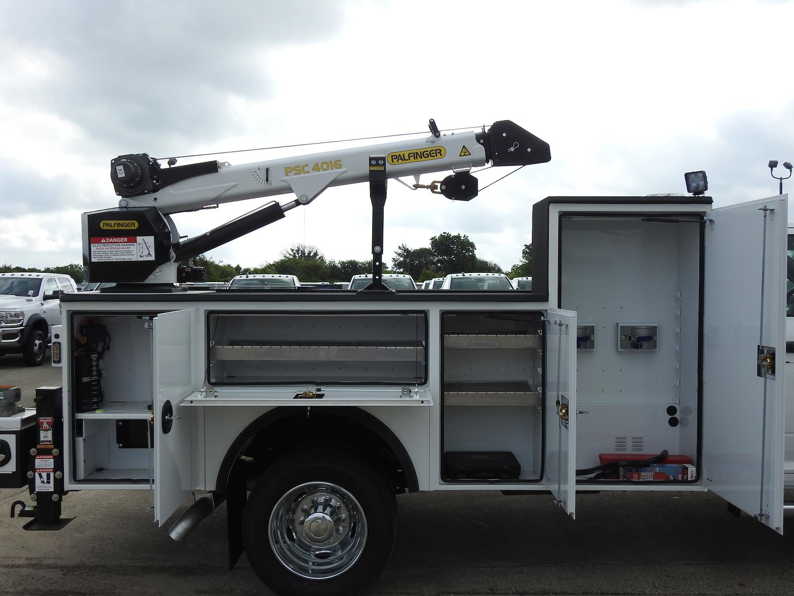 2021 Ram 5500 Regular Cab DRW 4x4, Palfinger PAL Pro 20 Mechanics Body #ST538712 - photo 29