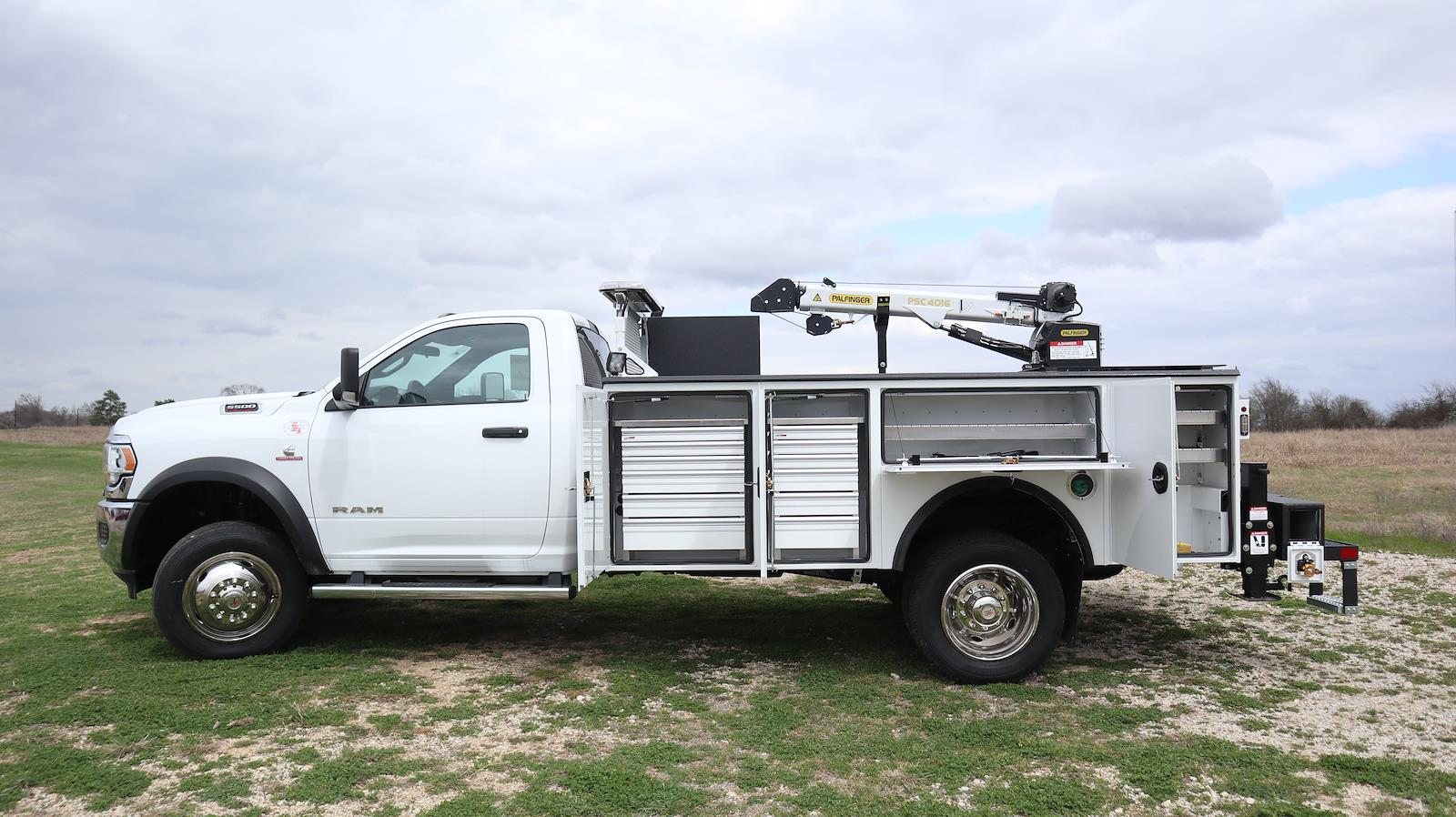 2021 Ram 5500 Regular Cab DRW 4x4, Palfinger PAL Pro 20 Mechanics Body #ST592032 - photo 26