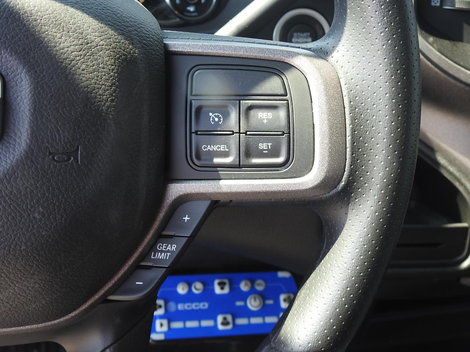 2021 Ram 5500 Regular Cab DRW 4x4, Palfinger PAL Pro 39 Mechanics Body #ST599063 - photo 28