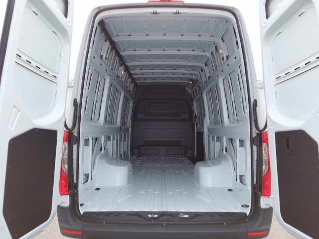 2019 Mercedes-Benz Sprinter 4500 High Roof RWD, Empty Cargo Van #SP0788 - photo 1