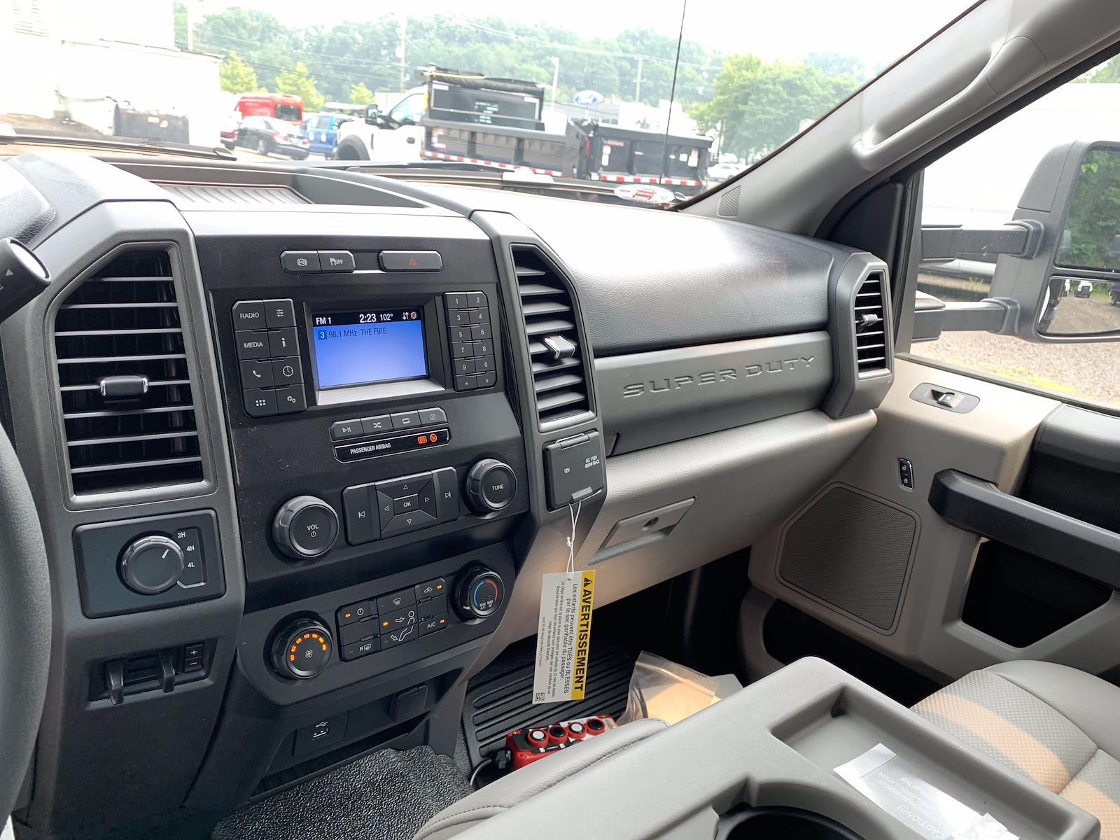 2021 F-550 Super Cab DRW 4x4,  Landscape Dump #1282C - photo 19