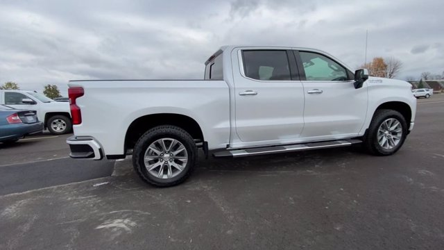 2021 Chevrolet Silverado 1500 Crew Cab 4x4, Pickup #108067 - photo 9