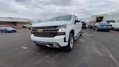 2021 Chevrolet Silverado 1500 Crew Cab 4x4, Pickup #108067 - photo 5
