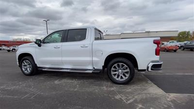 2021 Chevrolet Silverado 1500 Crew Cab 4x4, Pickup #108067 - photo 7