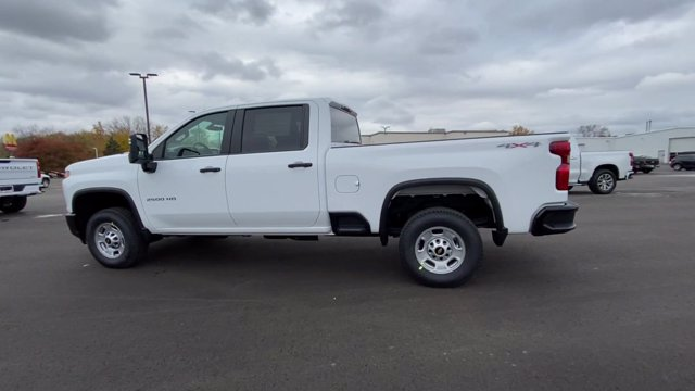 2021 Chevrolet Silverado 2500 Crew Cab 4x4, Pickup #113068 - photo 7