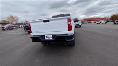2021 Chevrolet Silverado 2500 Crew Cab 4x4, Pickup #113068 - photo 9