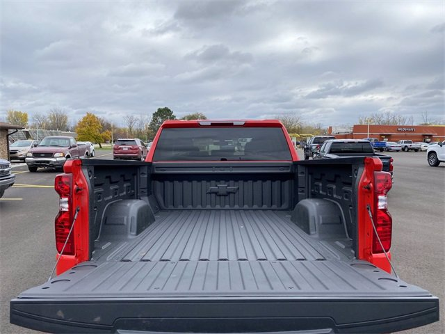 2021 Chevrolet Silverado 1500 Double Cab 4x4, Pickup #132991 - photo 11