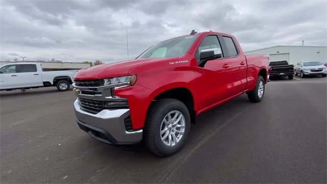 2021 Chevrolet Silverado 1500 Double Cab 4x4, Pickup #132991 - photo 5