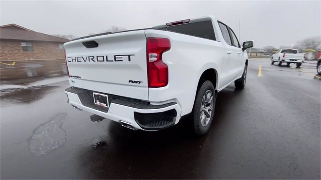 2021 Chevrolet Silverado 1500 Crew Cab 4x4, Pickup #136739 - photo 8