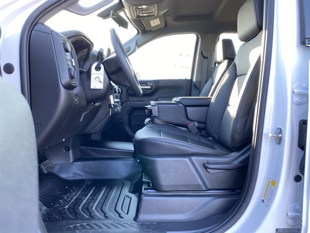 2021 Chevrolet Silverado 1500 Double Cab 4x4, Pickup #137018 - photo 14