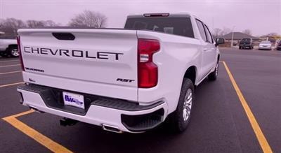 2021 Chevrolet Silverado 1500 Crew Cab 4x4, Pickup #154283 - photo 2