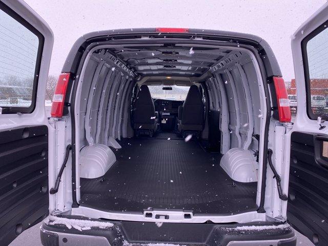 2021 Chevrolet Express 2500 4x2, Empty Cargo Van #187769 - photo 2
