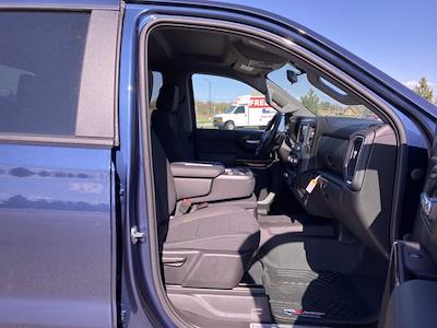 2021 Chevrolet Silverado 1500 Crew Cab 4x4, Pickup #264454 - photo 2