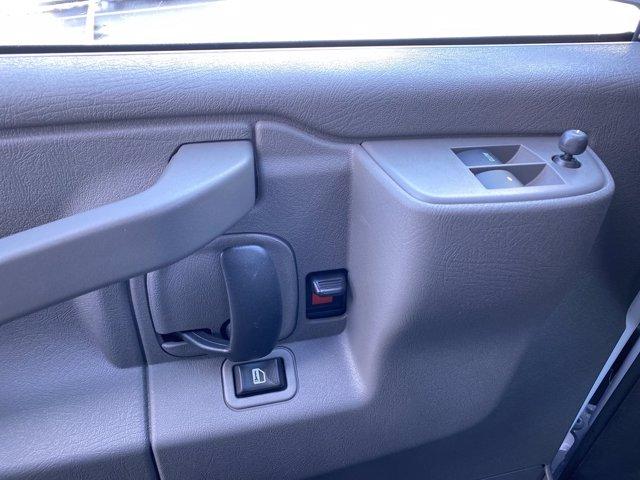 2020 Chevrolet Express 3500 4x2, Cutaway Van #276088 - photo 19