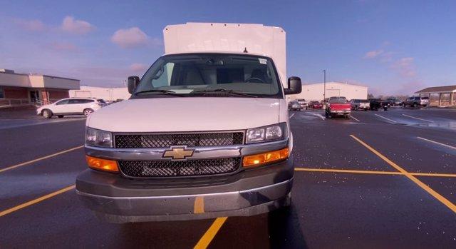 2020 Chevrolet Express 3500 4x2, Cutaway Van #276088 - photo 4