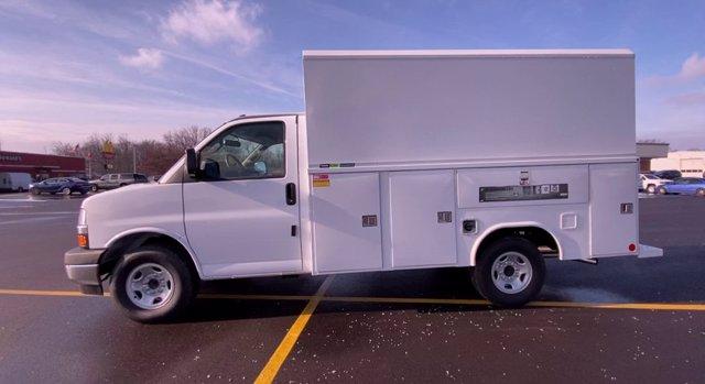 2020 Chevrolet Express 3500 4x2, Cutaway Van #276088 - photo 6