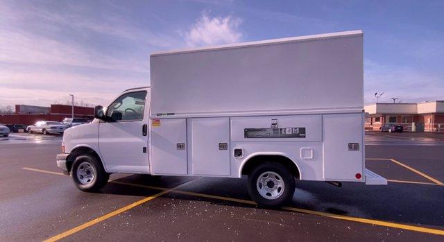 2020 Chevrolet Express 3500 4x2, Cutaway Van #276088 - photo 7