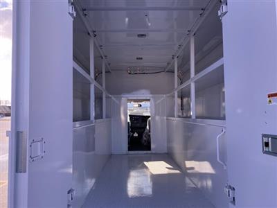 2020 Chevrolet Express 3500 4x2, Cutaway Van #276088 - photo 12