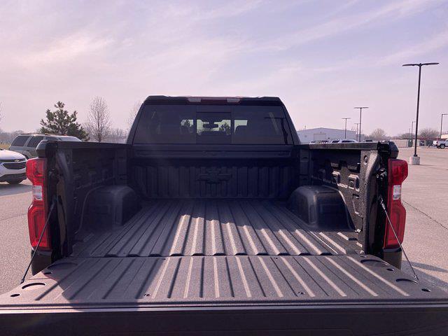2021 Chevrolet Silverado 1500 Crew Cab 4x4, Pickup #277597 - photo 17