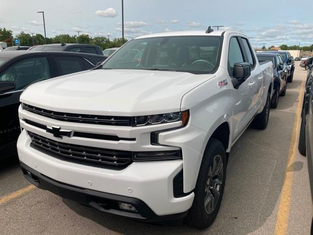 2020 Chevrolet Silverado 1500 Double Cab 4x4, Pickup #370624 - photo 3