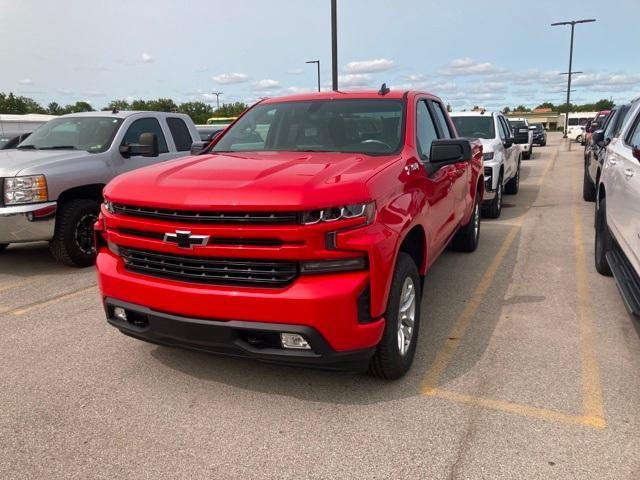2020 Chevrolet Silverado 1500 Double Cab 4x4, Pickup #372409 - photo 5
