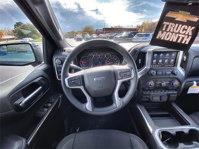 2020 Chevrolet Silverado 1500 Crew Cab 4x4, Pickup #441885 - photo 21