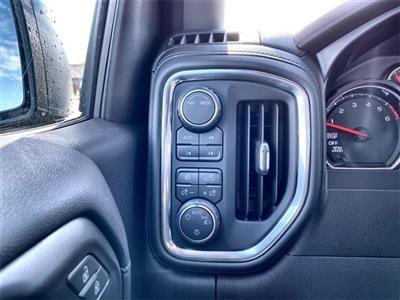 2020 Chevrolet Silverado 1500 Crew Cab 4x4, Pickup #441885 - photo 25