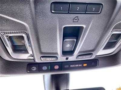 2020 Chevrolet Silverado 1500 Crew Cab 4x4, Pickup #441885 - photo 32