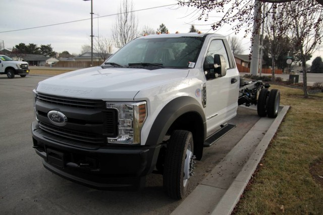2019 F-550 Regular Cab DRW 4x4,  Cab Chassis #RN17671 - photo 4