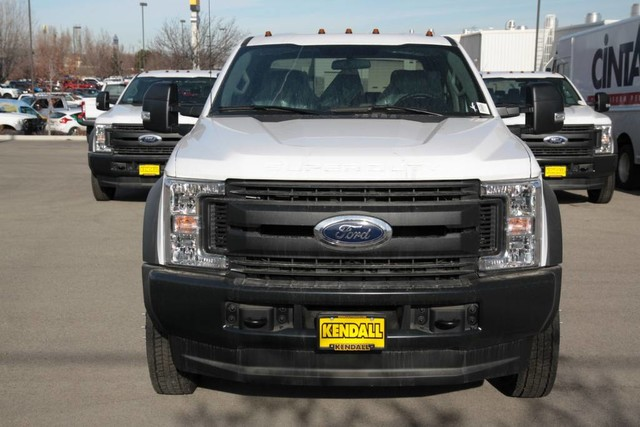 2019 F-550 Crew Cab DRW 4x4,  Cab Chassis #RN17691 - photo 4