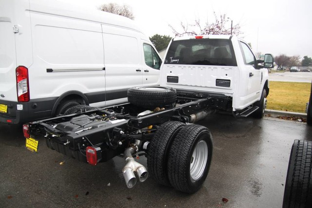 2019 F-350 Regular Cab DRW 4x4,  Cab Chassis #RN17976 - photo 1