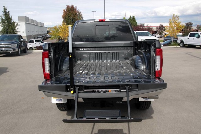 2019 F-350 Crew Cab 4x4, Pickup #RN20120 - photo 10