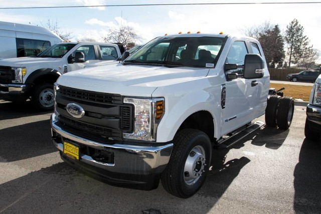 2019 Ford F-350 Super Cab DRW 4x4, Cab Chassis #RN20192 - photo 5