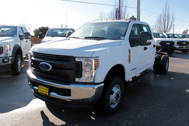 2019 F-350 Crew Cab DRW 4x4, Cab Chassis #RN20314 - photo 5