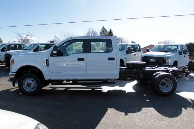 2019 F-350 Crew Cab DRW 4x4, Cab Chassis #RN20314 - photo 6