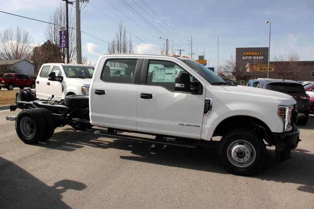 2019 Ford F-350 Crew Cab DRW 4x4, Cab Chassis #RN20451 - photo 8