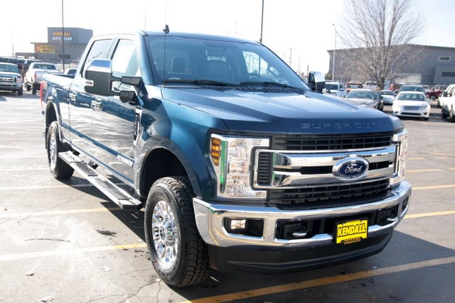 2019 F-250 Crew Cab 4x4, Pickup #RN20455 - photo 3
