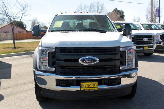 2019 F-550 Crew Cab DRW 4x4, Cab Chassis #RN20463 - photo 4
