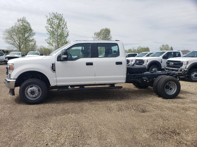 2020 Ford F-350 Crew Cab DRW 4x4, Cab Chassis #RN20552 - photo 2