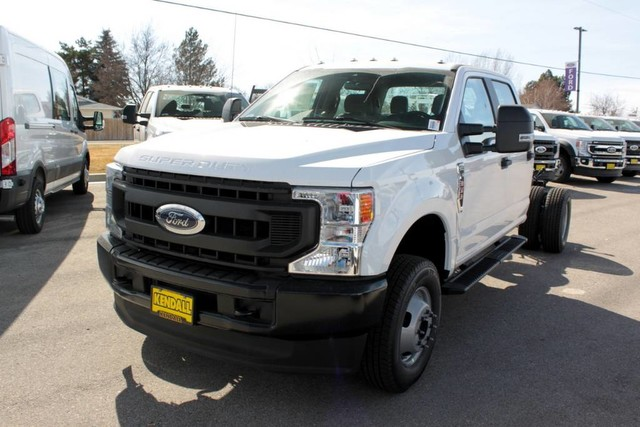 2020 F-350 Crew Cab DRW 4x4, Cab Chassis #RN20556 - photo 5