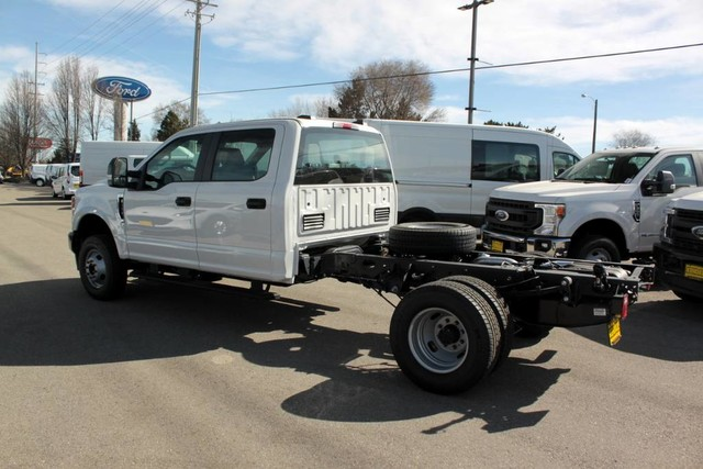 2020 F-350 Crew Cab DRW 4x4, Cab Chassis #RN20556 - photo 6