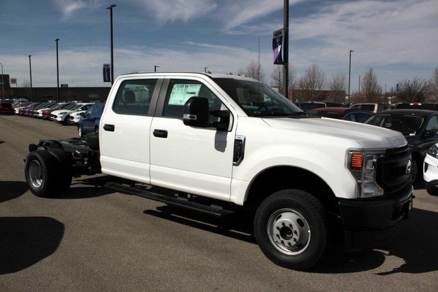 2020 F-350 Crew Cab DRW 4x4, Cab Chassis #RN20556 - photo 9