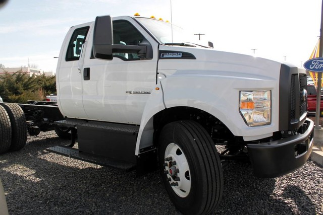 2019 Ford F-650 Super Cab DRW RWD, Cab Chassis #RN20650 - photo 10