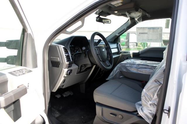 2020 F-550 Crew Cab DRW 4x4, Knapheide PGND Gooseneck Platform Body #RN20862 - photo 14