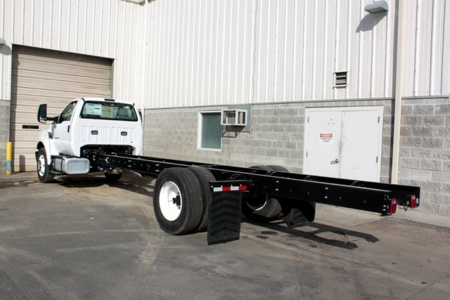 2021 F-650 Regular Cab DRW 4x2, Cab Chassis #RN20894 - photo 6