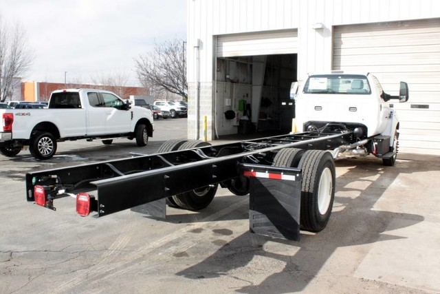 2021 F-650 Regular Cab DRW 4x2, Cab Chassis #RN20894 - photo 2