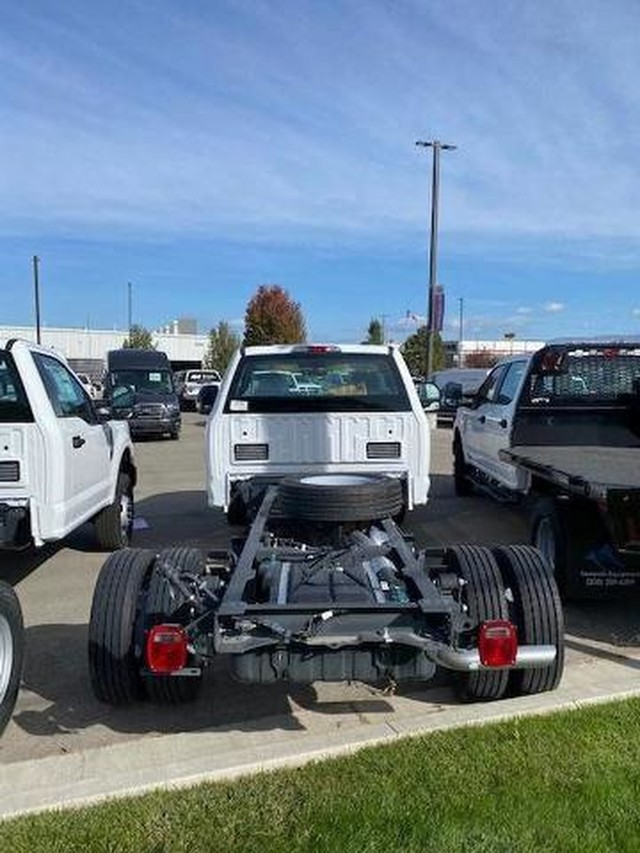 2020 Ford F-450 Regular Cab DRW 4x2, Cab Chassis #RN21528 - photo 4
